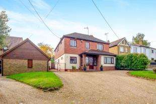 5 Bedrooms Detached House for sale in Munns Lane, Hartlip, Sittingbourne