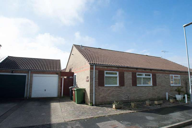 2 Bedrooms Semi Detached Bungalow for sale in Peyton Close, Eastbourne