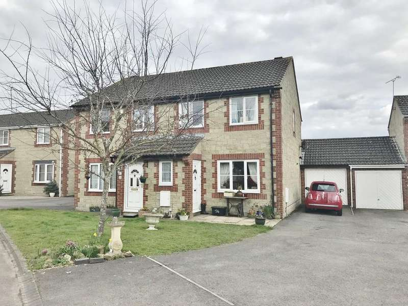 3 Bedrooms Semi Detached House for sale in Middle Ground, Cricklade