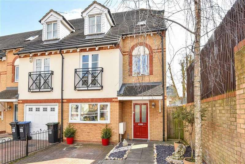 5 Bedrooms House for sale in Pickard Close, London