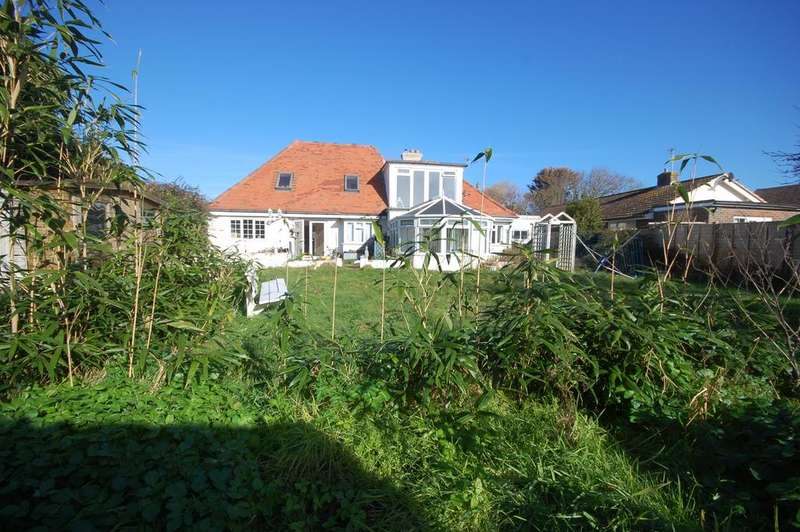 6 Bedrooms Detached House for sale in The Bridgeway, Selsey, Chichester PO20