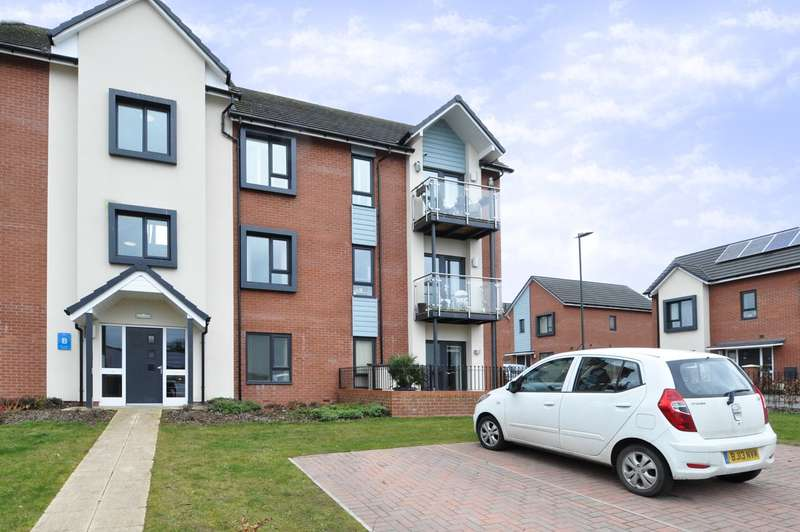 2 Bedrooms Apartment Flat for sale in Stockmans Close, Kings Norton, Birmingham, B38