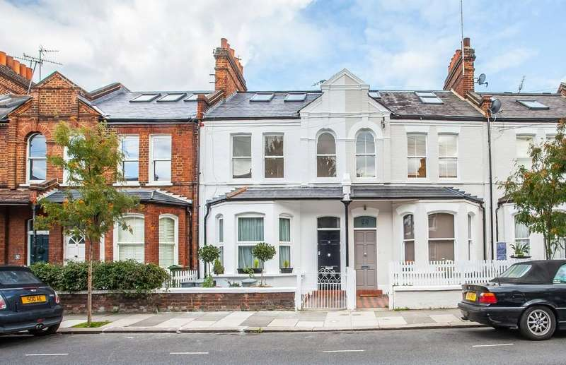 3 Bedrooms Maisonette Flat for sale in Musard Road, Baron's Court, London