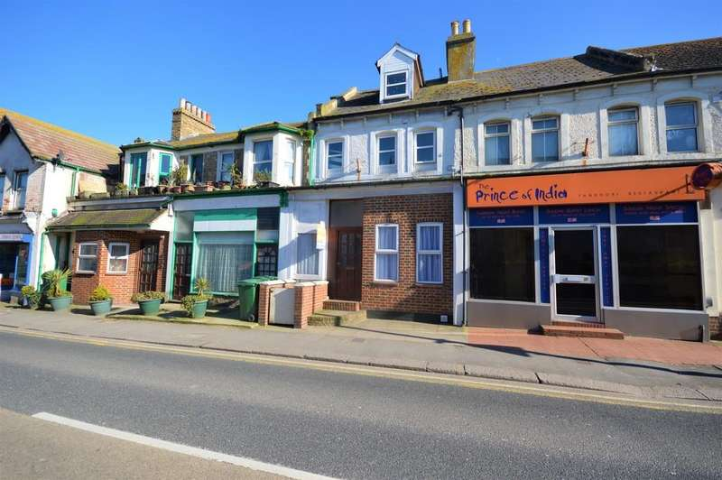 2 Bedrooms Ground Flat for sale in Ground Floor Flat, Risborough Lane