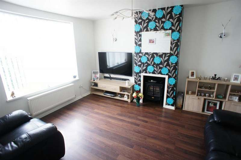 3 Bedrooms Terraced House for sale in Withy Mead, London