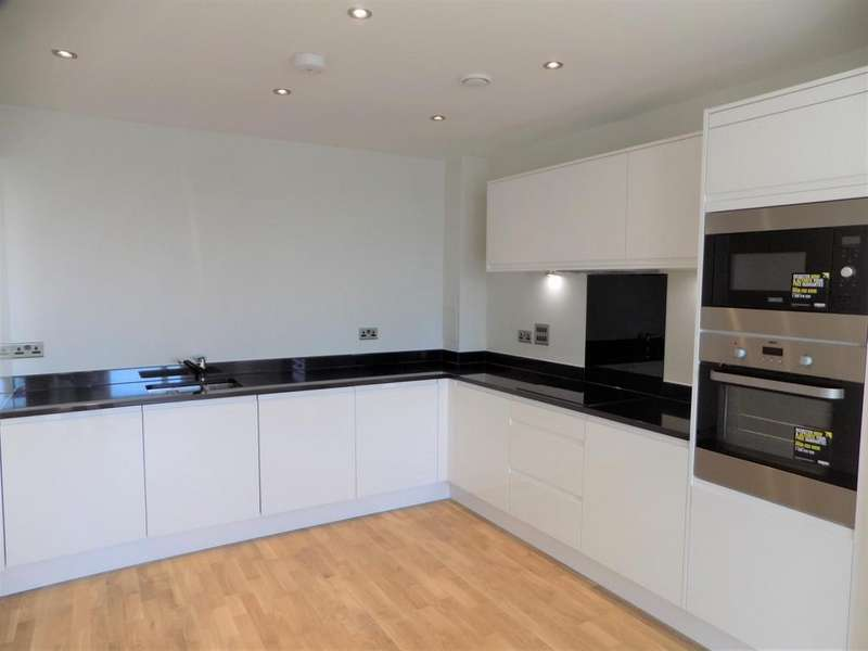 1 Bedroom Penthouse Flat for sale in Crossway, N16