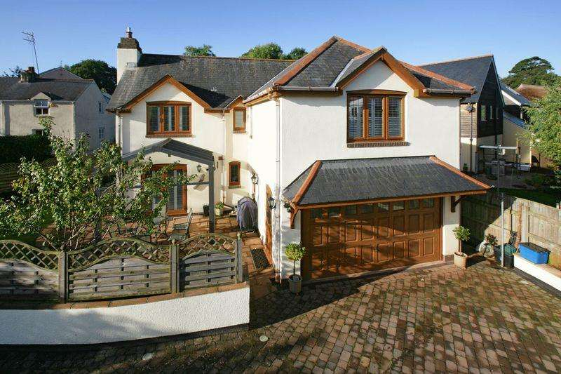 4 Bedrooms Detached House for sale in Edginswell Lane, Torquay