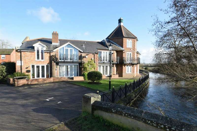 3 Bedrooms Town House for sale in The Brookmill, Reading, Berkshire