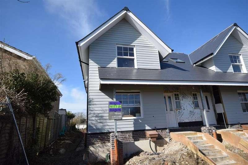 3 Bedrooms Semi Detached House for sale in Beach Walk, Winchelsea Beach