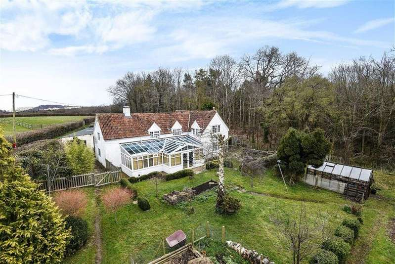 3 Bedrooms Detached House for sale in West Hatch, West Hatch, Taunton, Somerset, TA3