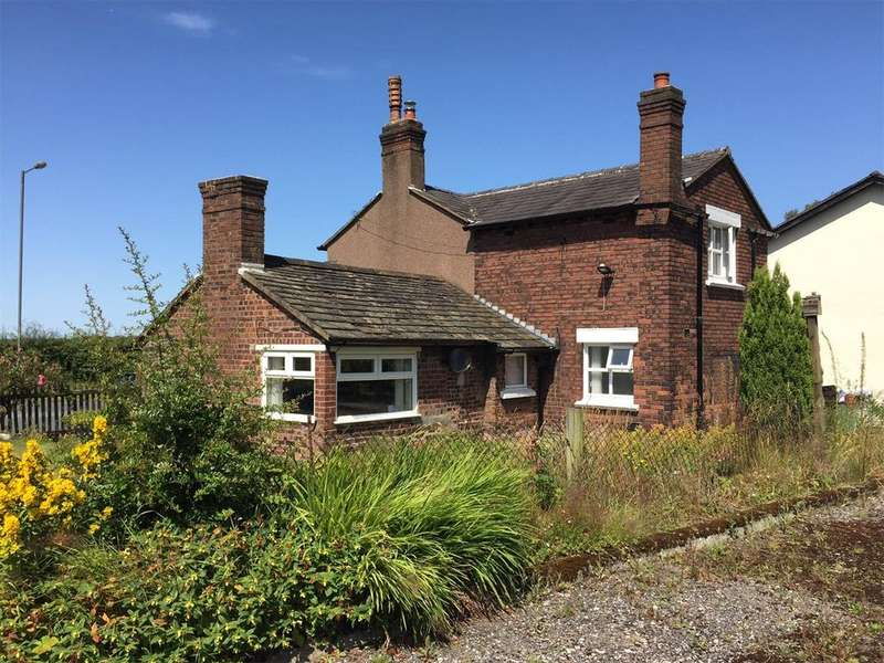 3 Bedrooms Detached House for rent in St. Helens Road, Rainford, St. Helens, Merseyside, WA11