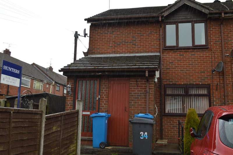 1 Bedroom Flat for sale in Avon Street, Hathershaw, Oldham, OL8 1XW