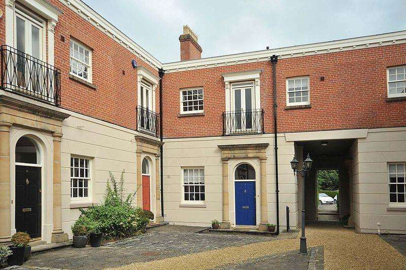 3 Bedrooms Mews House for sale in The Stables, Tabley, Nr Knutsford