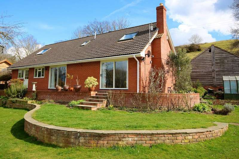 4 Bedrooms Bungalow for sale in Mordiford, Herefordshire, HR1