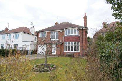 4 Bedrooms Detached House for sale in Forest Road, Meols, Wirral, CH47