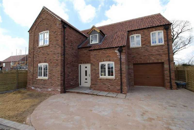 4 Bedrooms Detached House for sale in The Sidings, The Sidings, Cranswick, East Yorkshire