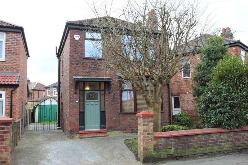 3 Bedrooms Detached House for sale in Green Lane, Heaton Norris/Moor