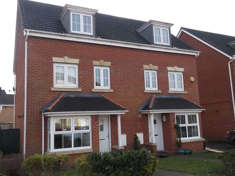 4 Bedrooms Semi Detached House for sale in Hazelpear close, Horwich