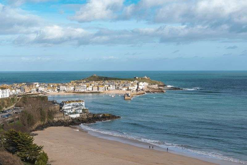 3 Bedrooms Property for sale in Trelyon Avenue, St. Ives
