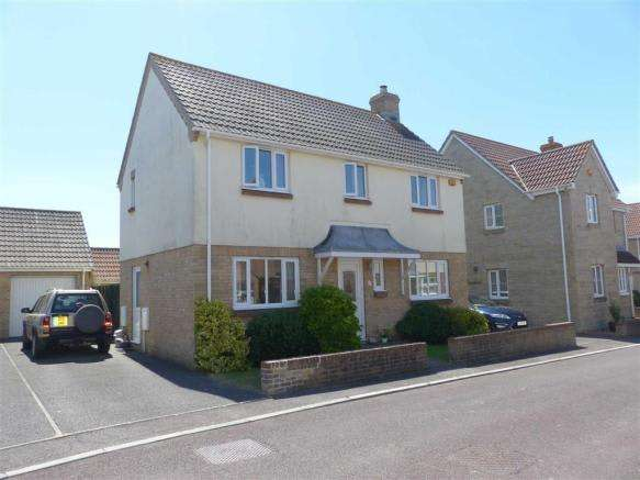 3 Bedrooms Property for sale in Clare Avenue, Weymouth, Dorset