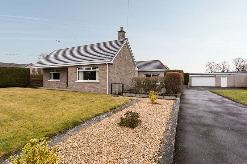 3 Bedrooms Bungalow for sale in Guthrie Street, Letham, Angus, DD8 2PS
