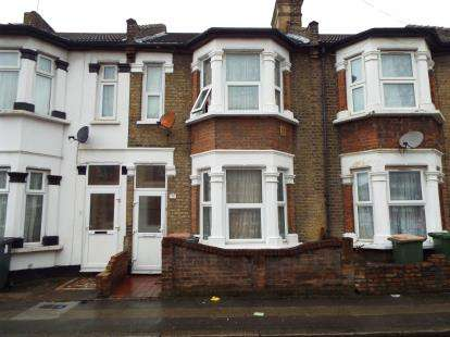 House for sale in Upton Park, London