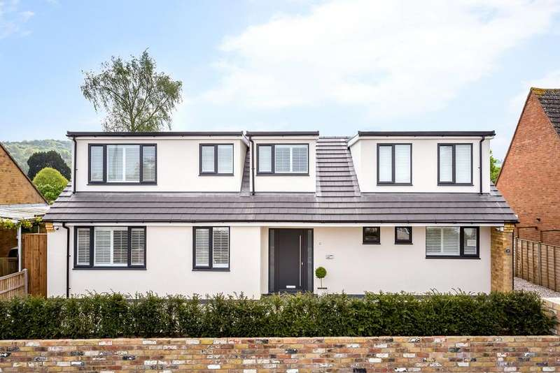 5 Bedrooms Detached House for sale in Lambert Avenue, Shurdington, Cheltenham, Gloucestershire, GL51