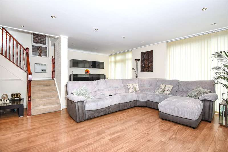 4 Bedrooms Detached House for sale in Kynaston Wood, Harrow, Middlesex, HA3