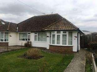2 Bedrooms Bungalow for sale in Farmlands Avenue, Polegate, East Sussex