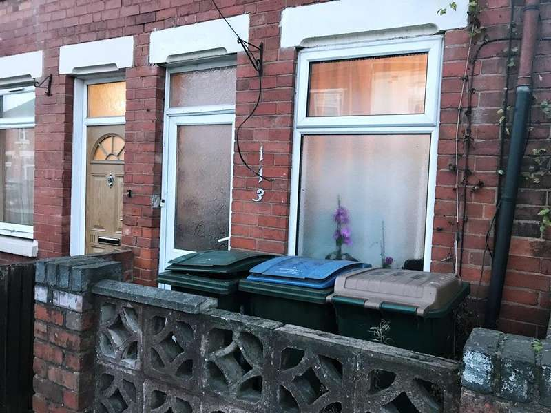 2 Bedrooms Terraced House for sale in Smith Street CV6