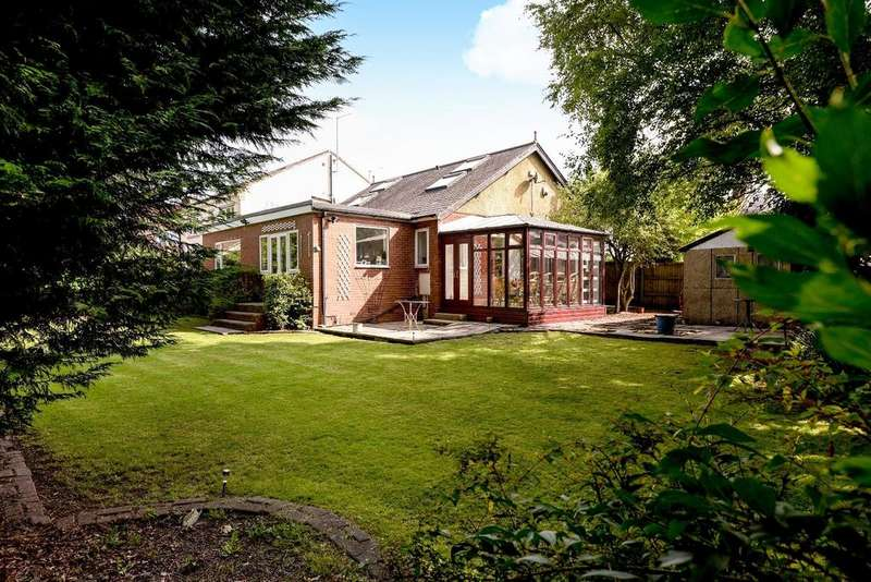 4 Bedrooms Detached House for sale in Lydgate Place, Calverley
