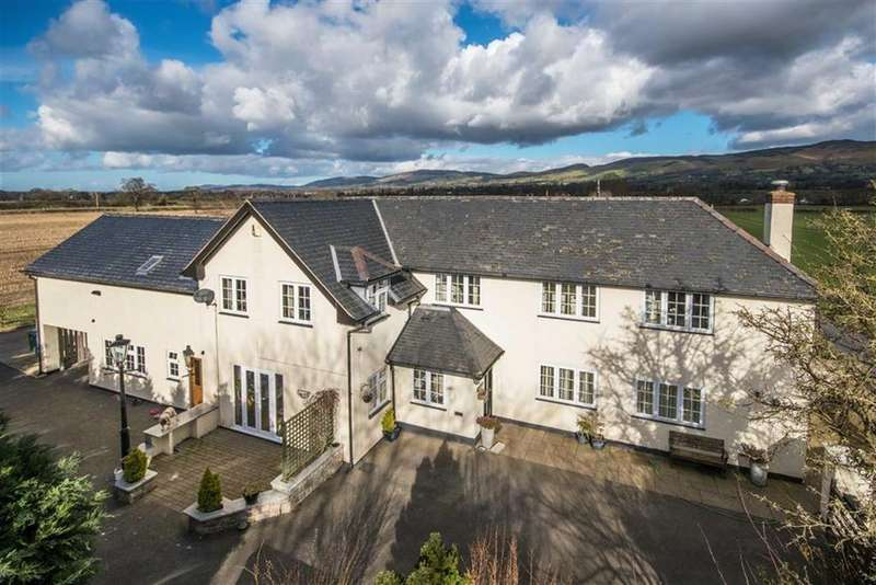 5 Bedrooms Detached House for sale in Rhewl, Ruthin