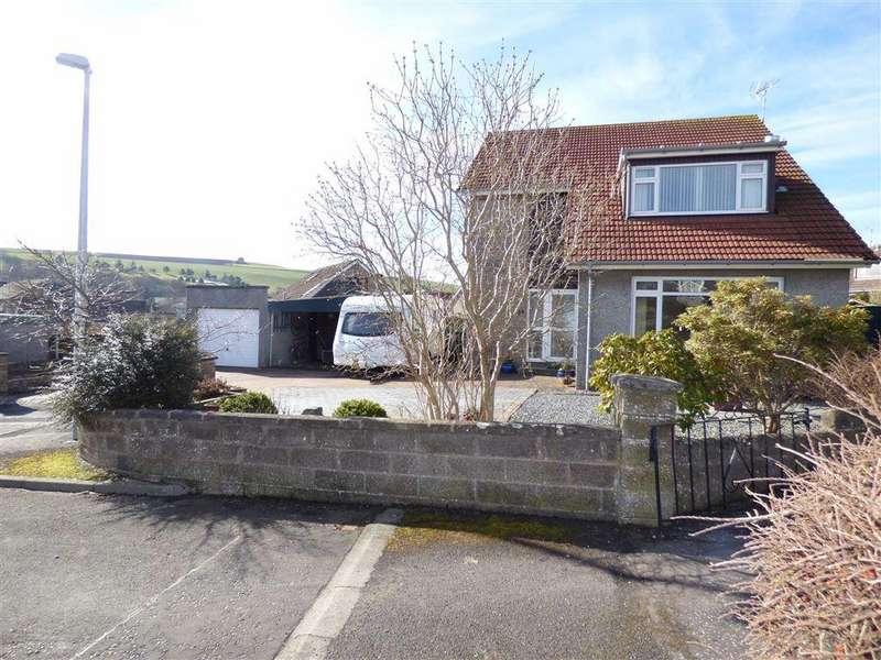 4 Bedrooms Detached House for sale in St Michaels Drive, Cupar, Fife