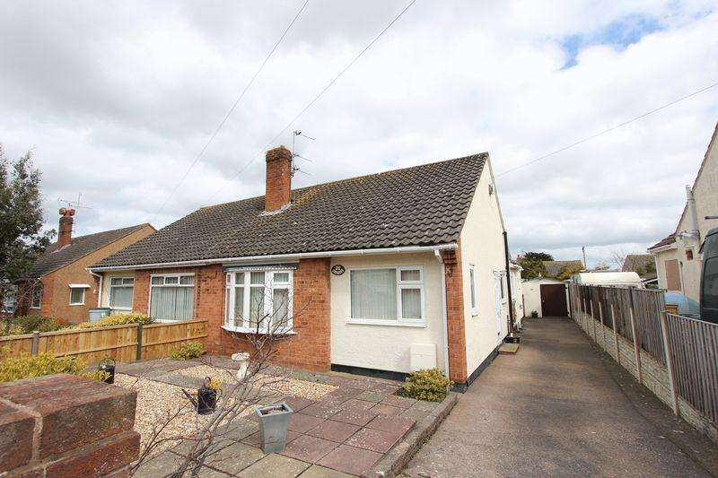 2 Bedrooms Semi Detached Bungalow for rent in The Dale, Abergele