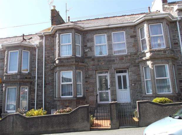 3 Bedrooms Terraced House for sale in Barwis Terrace, Penzance, Cornwall