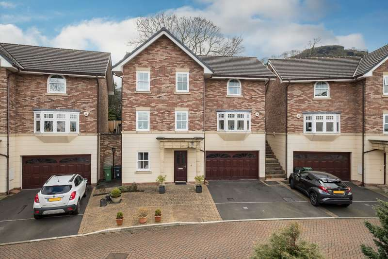 4 Bedrooms House for sale in 4 bedroom House Detached in Helsby