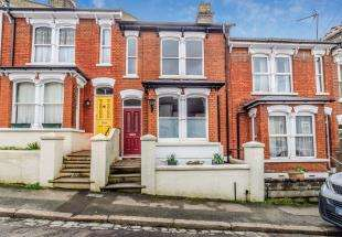 4 Bedrooms Terraced House for sale in Clive Road, Rochester, Kent, England