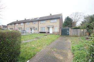 3 Bedrooms Semi Detached House for sale in Sutton Common Road, Sutton, Surrey, England