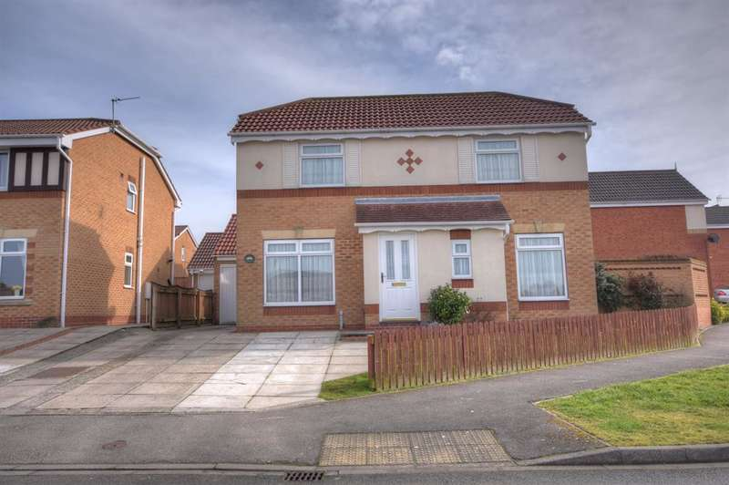 3 Bedrooms Detached House for sale in Aysgarth Rise, Bridlington, YO16 7HX