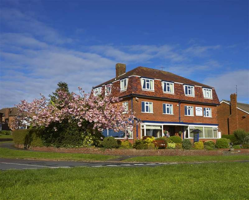 14 Bedrooms Guest House Gust House for sale in Weydale Avenue, Scarborough, YO12 6AX