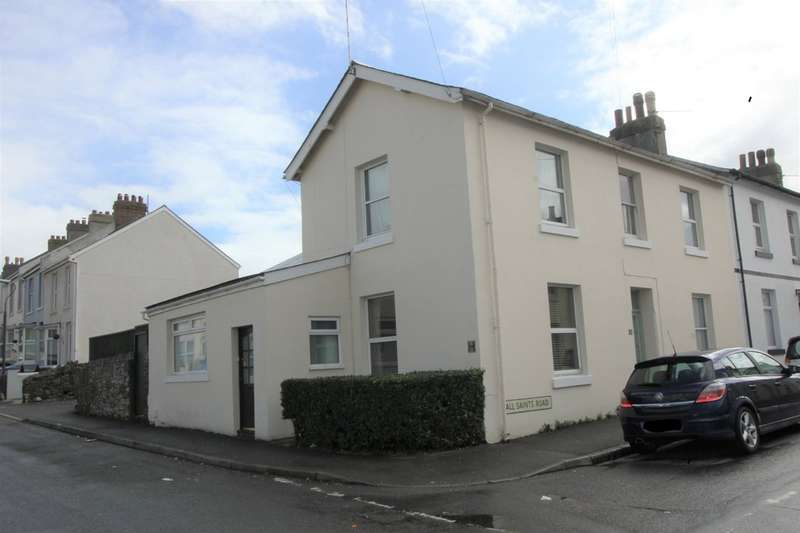 2 Bedrooms Ground Flat for sale in Warbro Road, Babbacombe , Torquay
