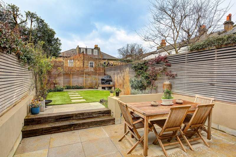 4 Bedrooms Terraced House for sale in Ramsden Road, London, SW12