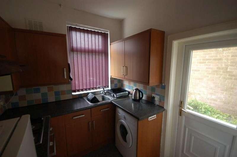 2 Bedrooms Terraced House for sale in Hertford Street, Blackburn