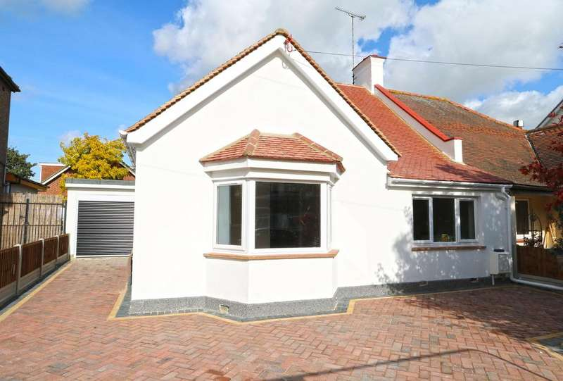 3 Bedrooms Semi Detached Bungalow for sale in Eaton Road, Leigh-On-Sea, SS9