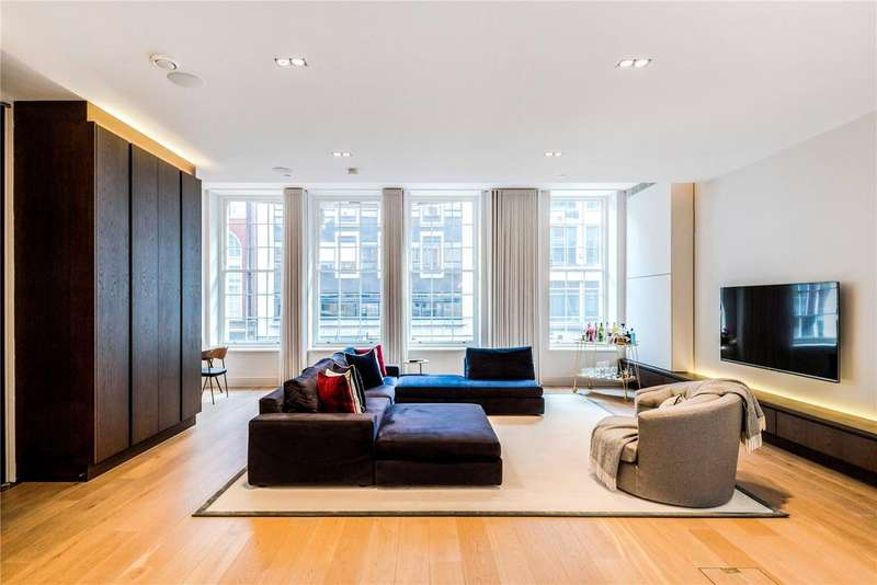 2 Bedrooms Apartment Flat for sale in Great Marlborough Street, Soho, W1F