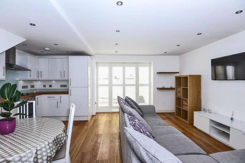 1 Bedroom Flat for sale in Grove Crescent, Kingston upon Thames