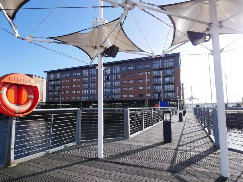 2 Bedrooms Apartment Flat for sale in Thorter Loan