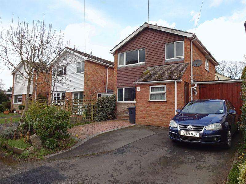 3 Bedrooms Detached House for sale in Lodge Close, Bewdley DY12 1DN