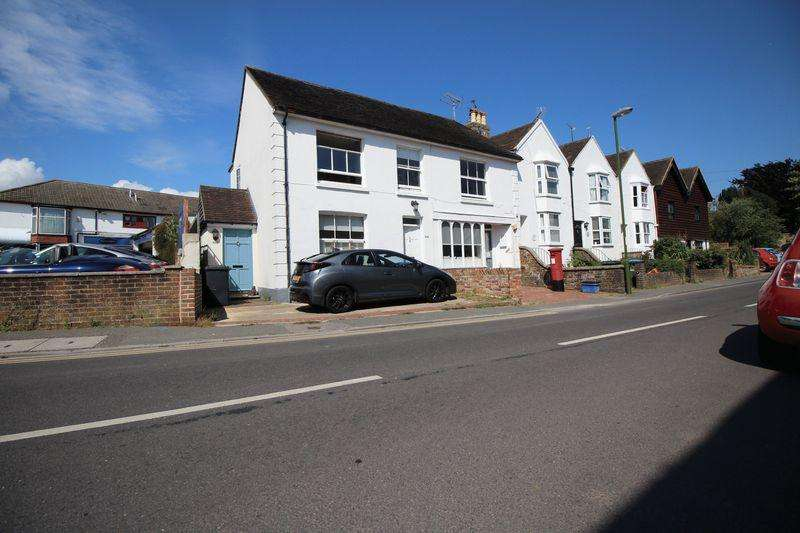 3 Bedrooms Apartment Flat for sale in Keymer Road, Keymer, Hassocks