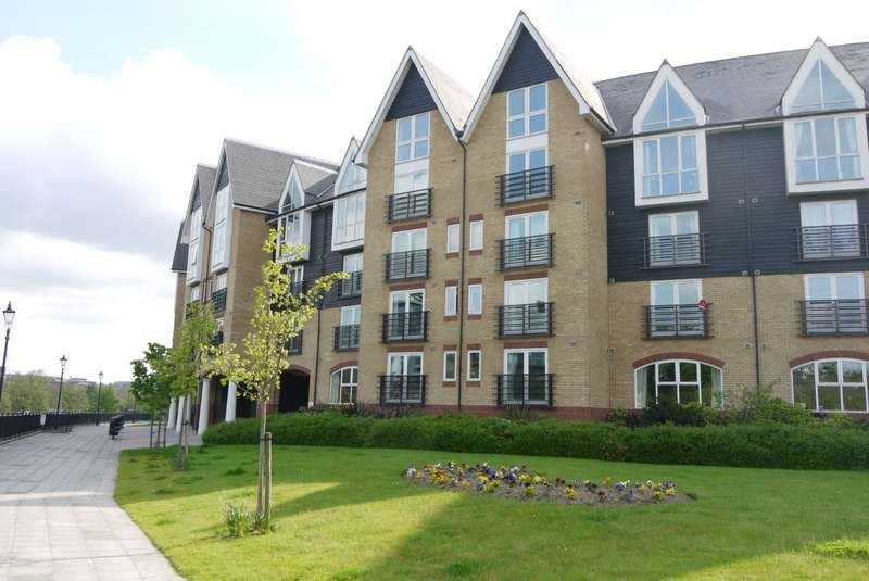 2 Bedrooms Apartment Flat for rent in Scotney Gardens, Maidstone, ME16